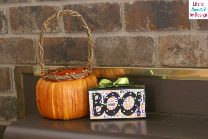 Boo craft on the Fireplace